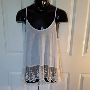 Poof large tank w/ wide lace high-lo hem.